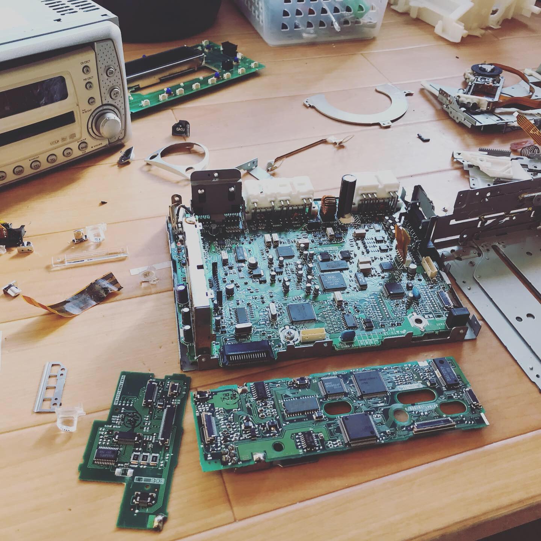 小型家電製品の解体